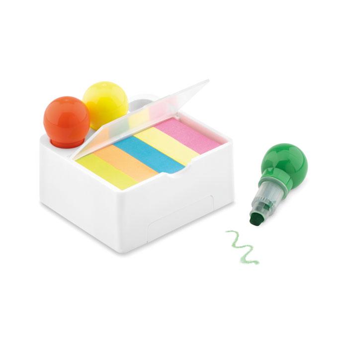Трехцветные восковые маркеры